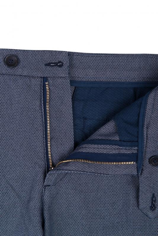 Pantaloni albastri print geometric